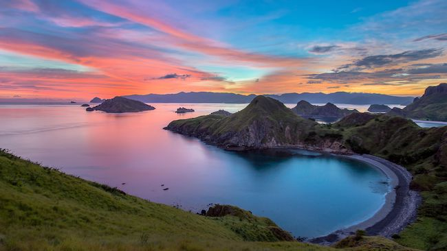 sunset in labuan bajo flores