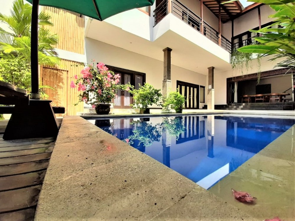 leasing property in Bali with a private pool